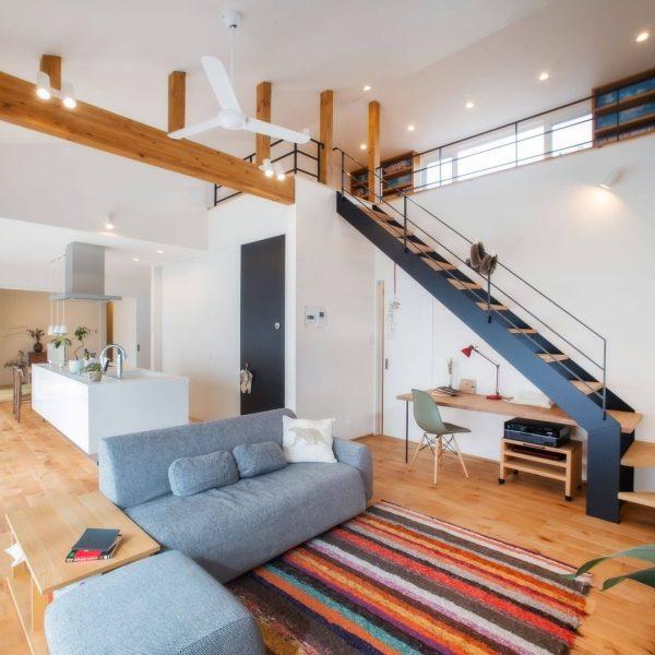 階段がお洒落な住まいのインテリア9