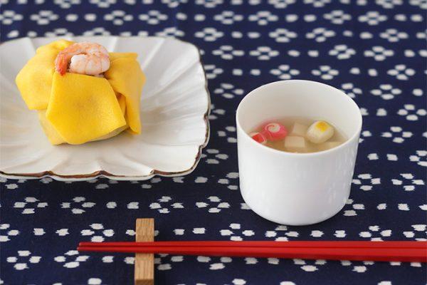 イイホシユミコさんの食器3