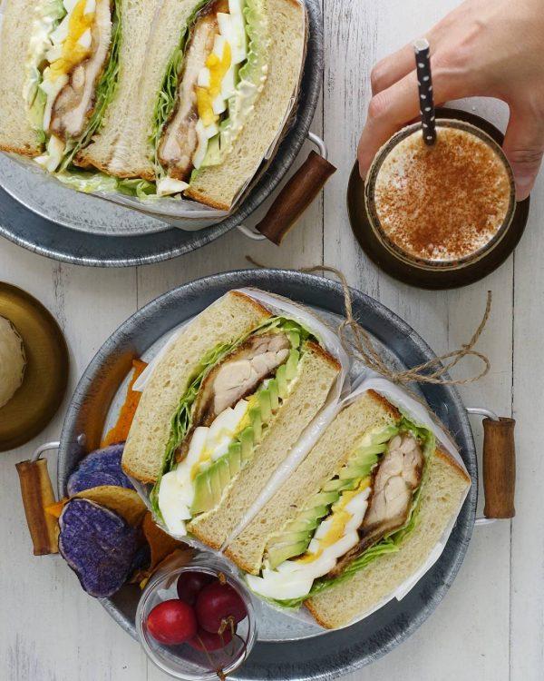 インスタ映えする作り方の親子サンドイッチ