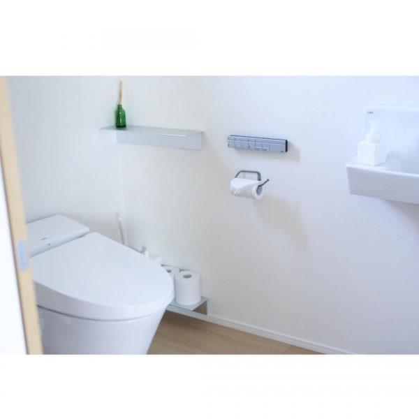 真っ白でクリーンなトイレ