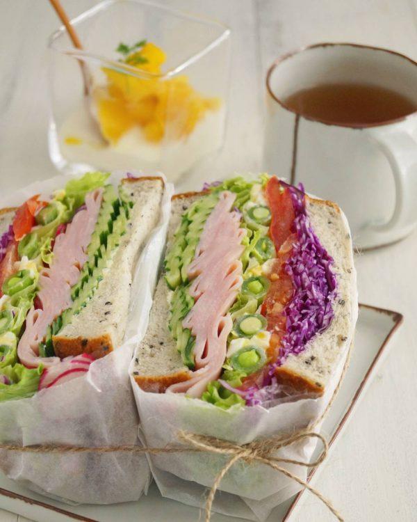インスタ映えの野菜サンドイッチの作り方