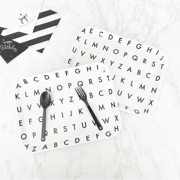 アルファベット柄トレイ