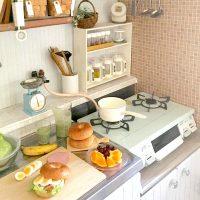 キッチン周りがすっきりする♪食品のストックや調味料の収納方法をご紹介