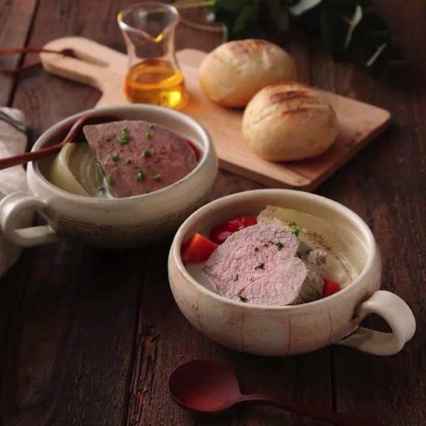 手作り料理。牛肉のメープル煮込みスープ