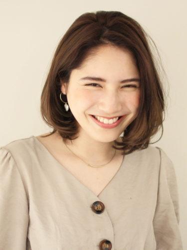 40代くせ毛×ミディアム髪型【前髪なし】6
