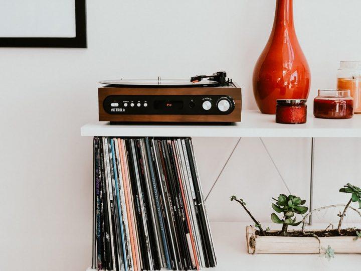 レコードを飾るおしゃれなアイデア【棚】5