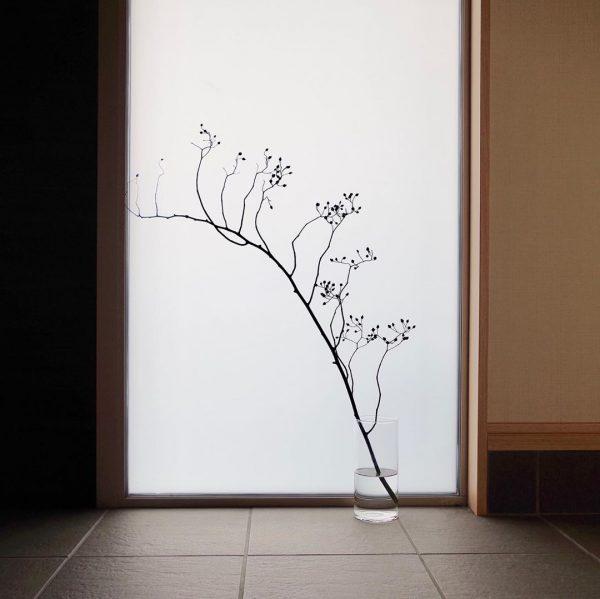 枝ものを取り入れたインテリア実例4