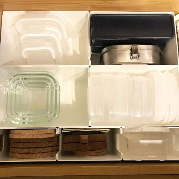 素材ごとに分けるタッパー収納アイデア