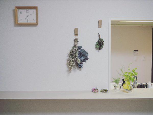 ムーベピンチでスワッグを吊るす飾り方実例