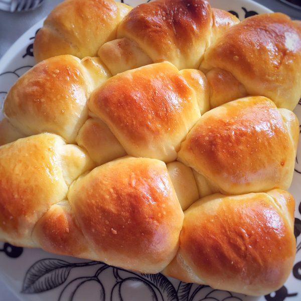 チーズフォンデュに合う献立!パン5