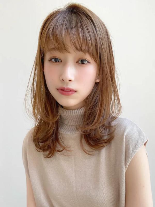 短め前髪×ミディアム3
