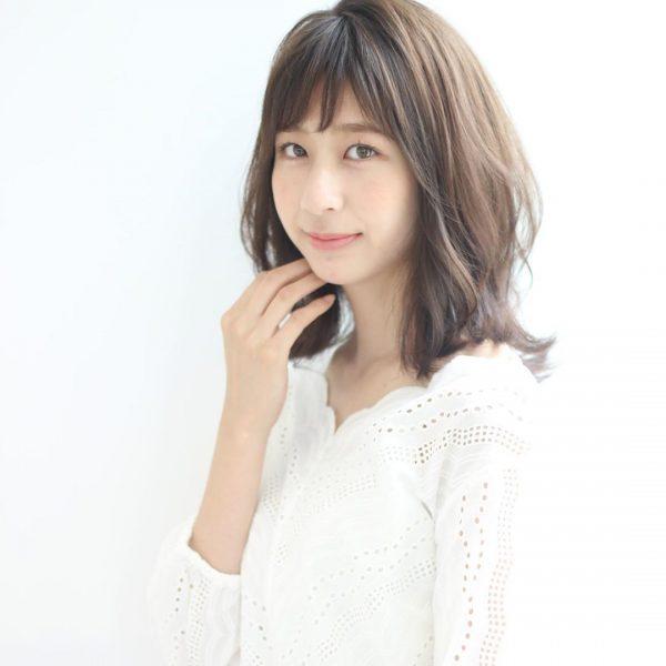 40代くせ毛×ミディアム髪型【前髪あり】