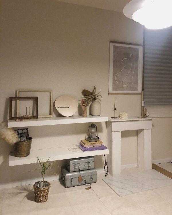 可愛い雑貨を飾れるおしゃれな飾り棚