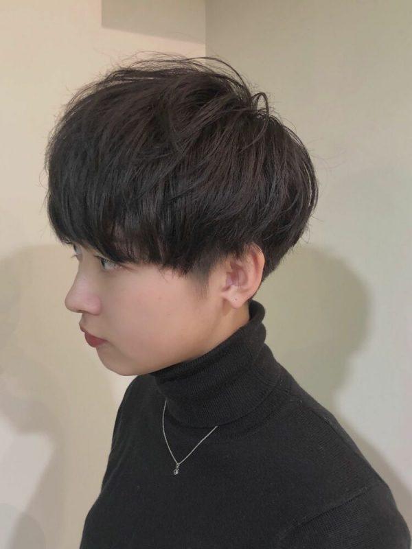 黒に近いおすすめの髪色《アッシュ系》6
