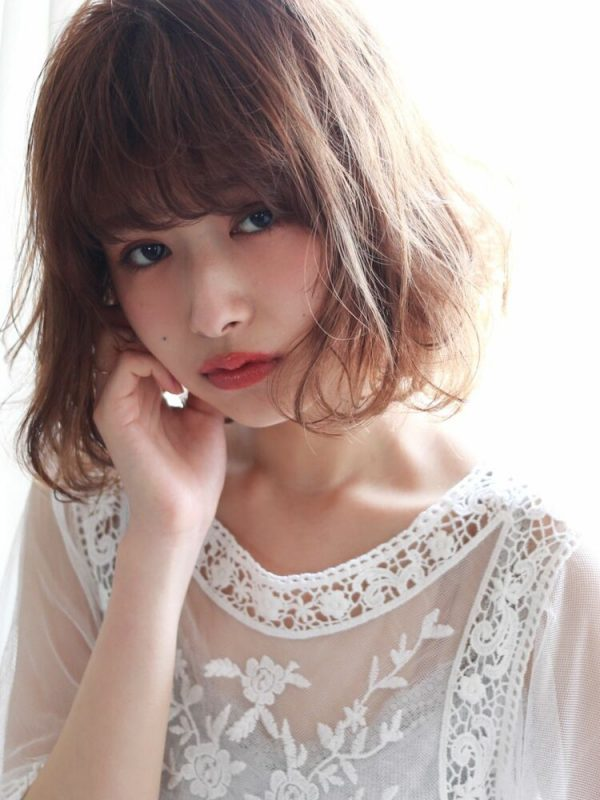 色黒女性(イエベ)×シナモンベージュ