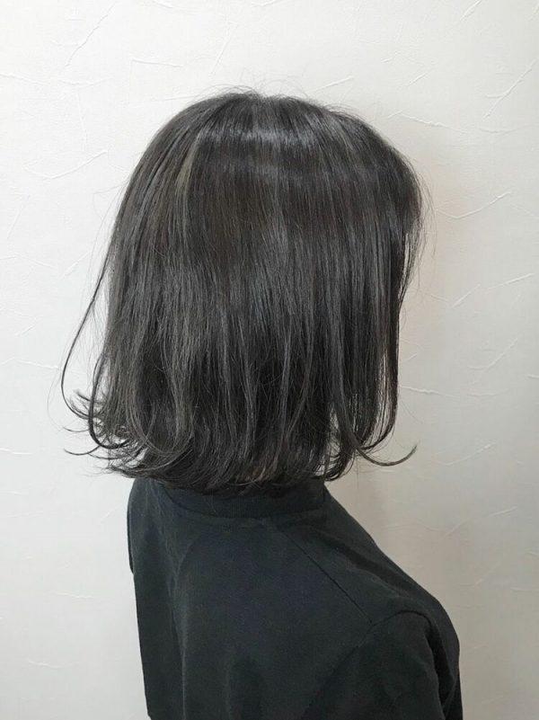 黒に近いおすすめの髪色《グレージュ系》7