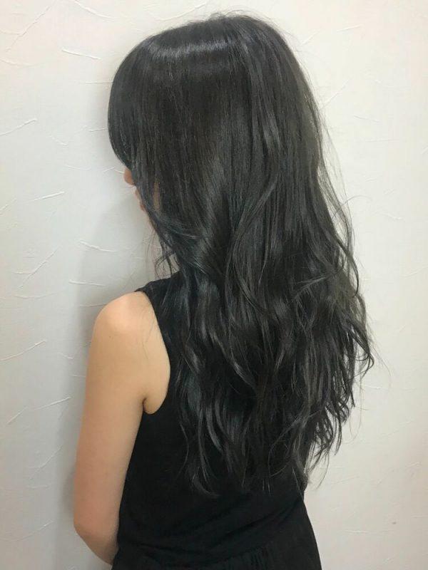 黒に近いおすすめの髪色《ブルー系》4