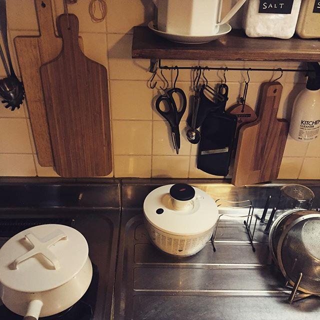 吊るす収納 キッチン