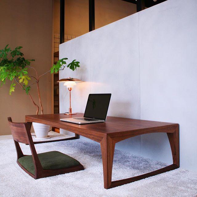 文机と座椅子で作る和のくつろぎ空間