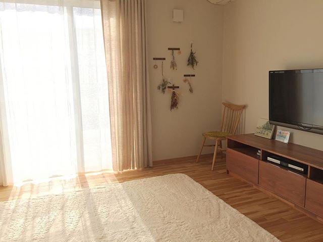 天然木家具に合うリネンカーテン