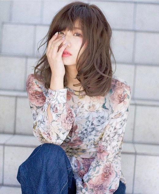 色っぽいミディアムの髪型【パーマ】5