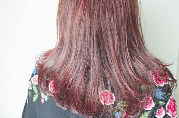 色黒女性(ブルベ)×ピンク系カラー