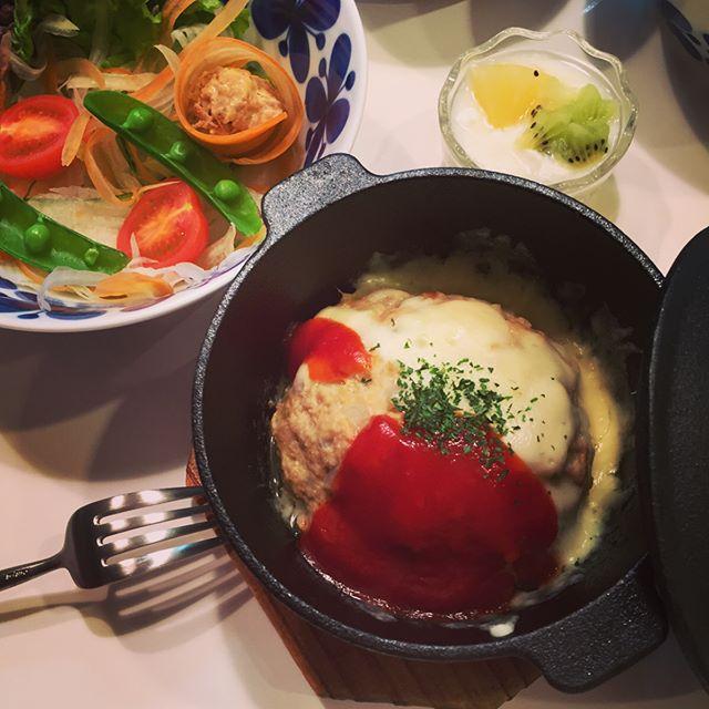 ハンバーグの盛り付け例!大皿盛り11