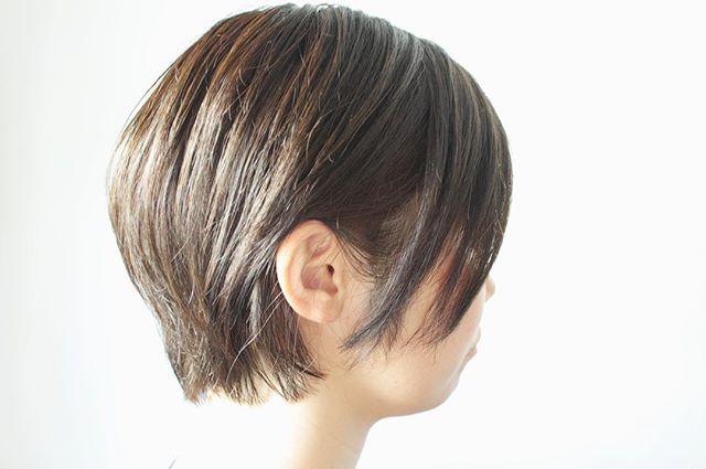 透明感のあるオリーブブラウンヘア