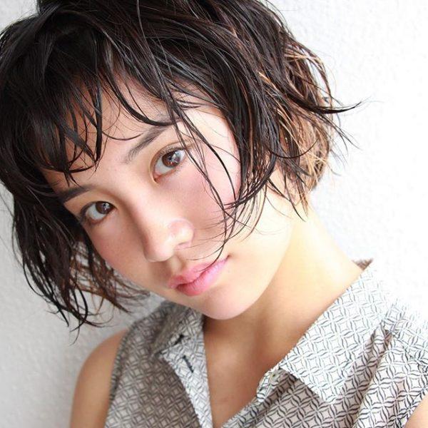 ジェルで作る濡れ髪シースルーバング