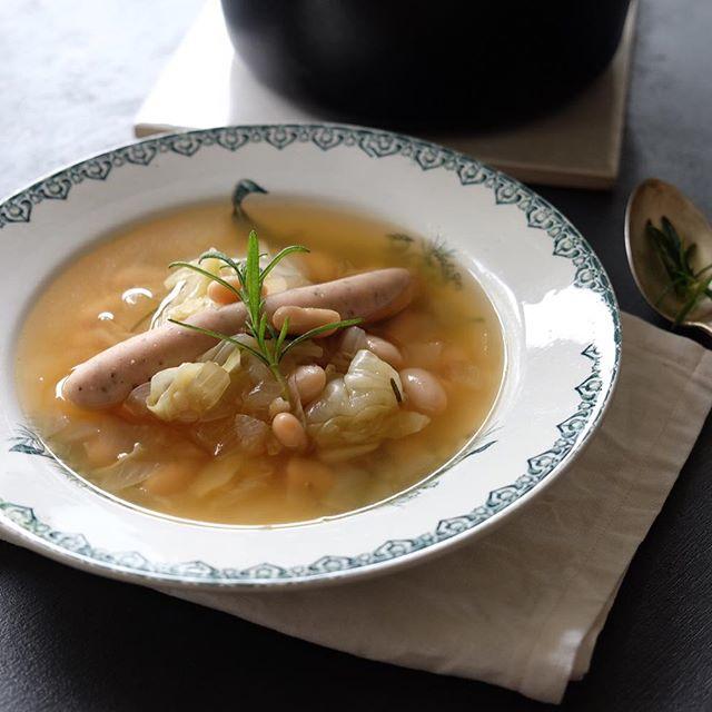 白いんげんとハーブソーセージのスープ