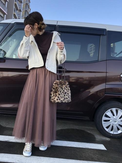 40代の冬茶色チュールスカートコーデ