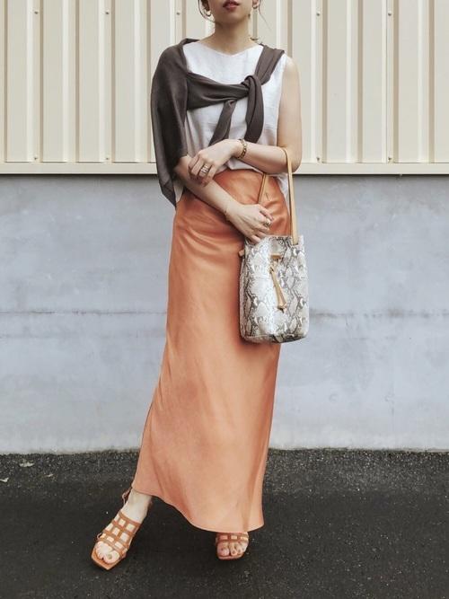 ブラウス×スカートの30代プチプラコーデ