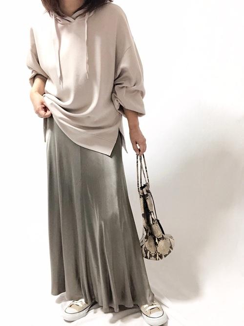 ZARAのスカートで上級プチプラファッション