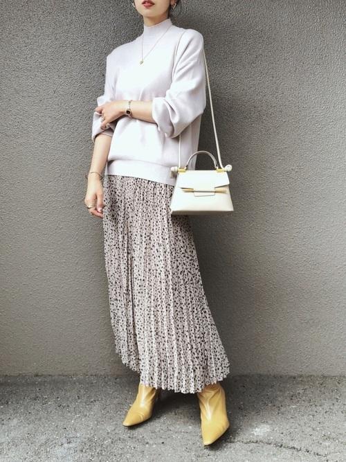 GUのプリーツロングスカート