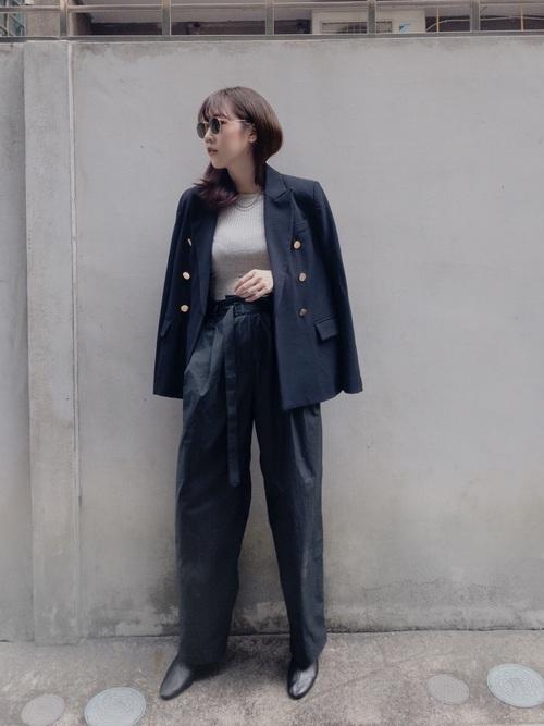 紺ジャケット×パンツの冬プチプラコーデ