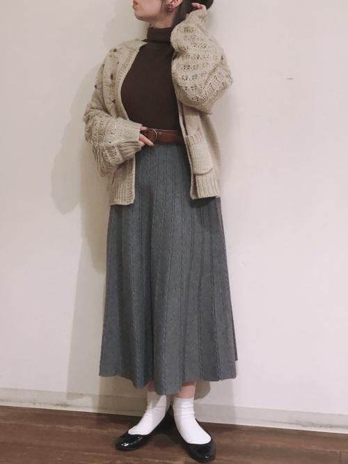 スカート×バレエシューズの冬プチプラコーデ