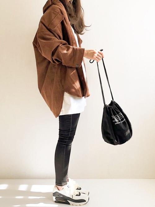 茶色ジャケット×スキニーの冬プチプラコーデ