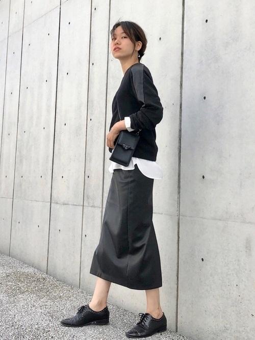 ZARAレザースカート