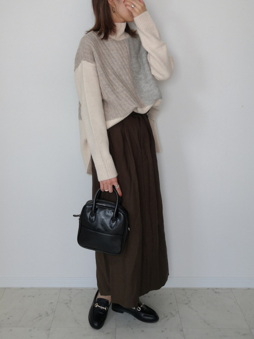 GUブラウンスカート