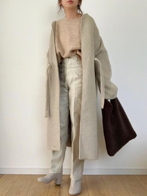 ZAARのベルト付きコート