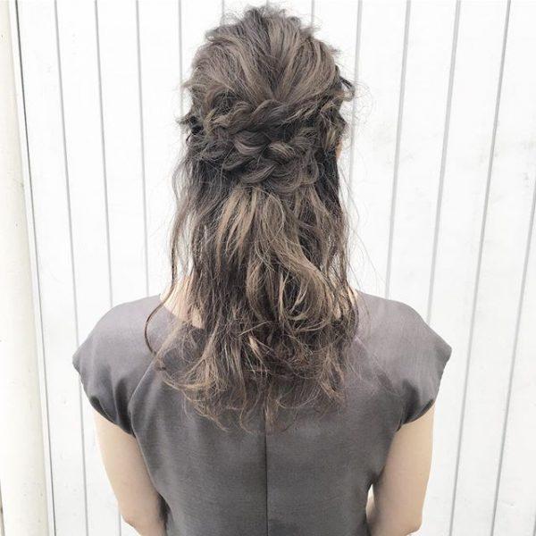 簡単♪仕事の日のまとめ髪《フェミニン系》3