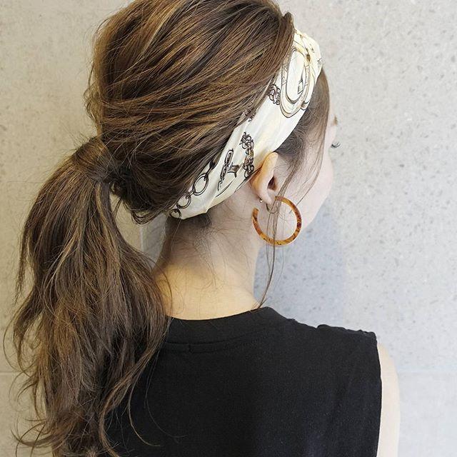 まとめ髪アレンジのロングヘア