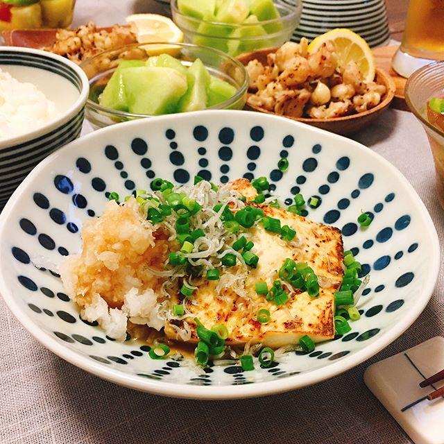 簡単にできるレシピ。豆腐ステーキ