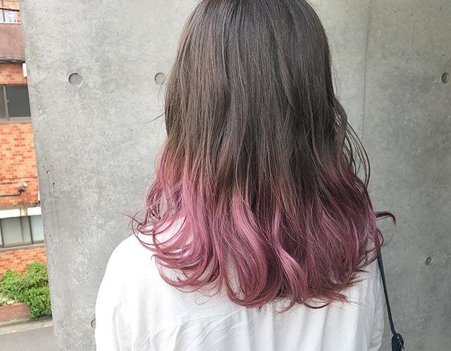 可愛らしいピンク系ヘア