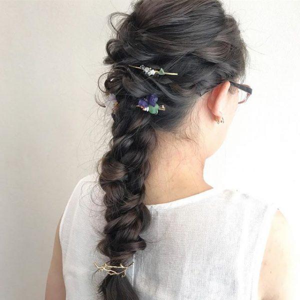 簡単仕事の日のまとめ髪《インテリ系》4