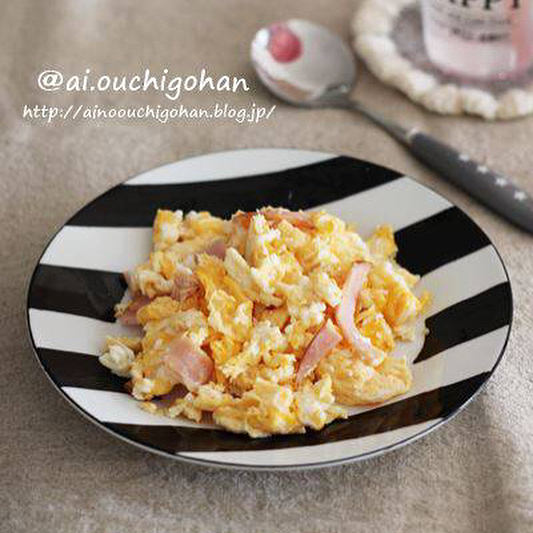 朝食におすすめ!スクランブルエッグ丼
