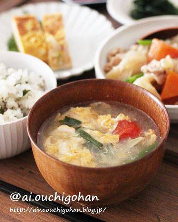 絶品料理!キャベツと卵のとろみスープ