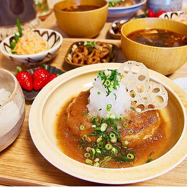 簡単レシピ!みぞれあんかけ豆腐ハンバーグ