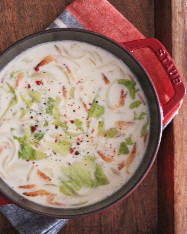 簡単で美味しいレタスのクリームスープ