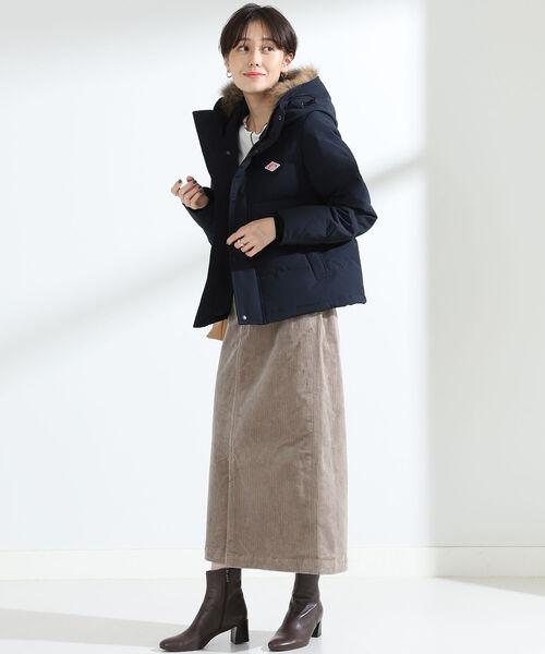 ネイビーダウン×タイトスカートの冬コーデ